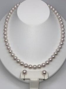 394 アコヤ真珠(花珠)8-8.5mmネックレス、8.5mmイヤリングセット