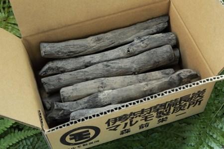 伊勢志摩 備長炭 細長 約1kg/ マルモ 製炭所 BBQ 料理 炭火 七輪 囲炉裏 火鉢 キャンプ