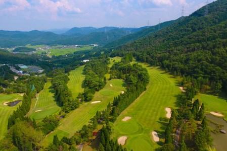 加舎の里カントリー 平日昼食付ゴルフプレー1組4名様無料招待券