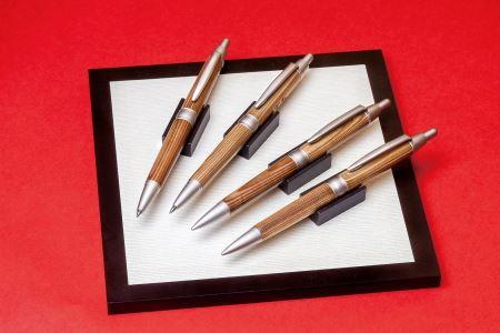 P5 宍粟杉ボールペン(名入れ彫刻可能)