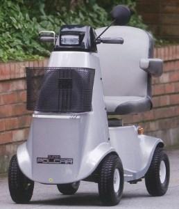 G011 電動車いす「ポルカ-」(コンパクト版)