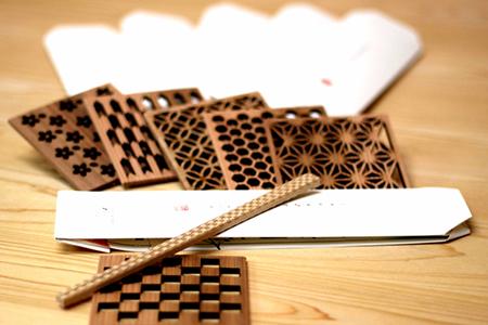 【0902-A18】文様割箸・文様コースター6種セット《株式会社寺本木材》