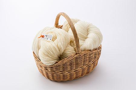 0072 北海道産手つむぎ毛糸