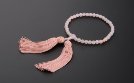 KN040【天然宝石珊瑚】ピンク珊瑚丸玉とローズクウォーツの片手数珠