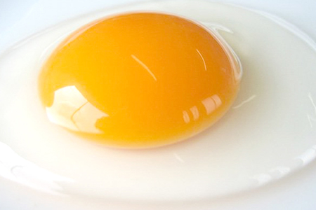 Ga-03 植物性のエサしか食べさせないから違いが出る!卵 6個×5P【お届け日指定不可】