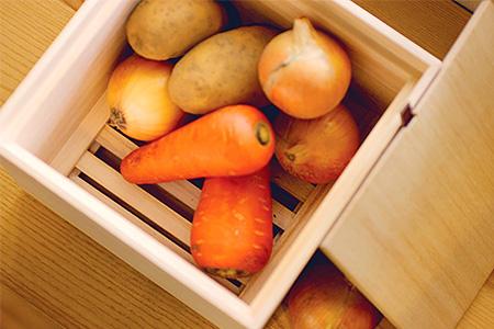 E0712 増田桐箱店の「(桐製)野菜保存箱」(Lサイズ)