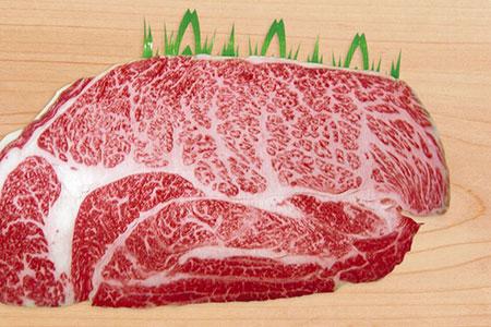 J017伊万里牛(A5)霜降り肩ロース肉