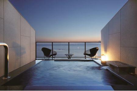 BA078水平線に溶け込むテラスで ホテル宿泊温泉プラン