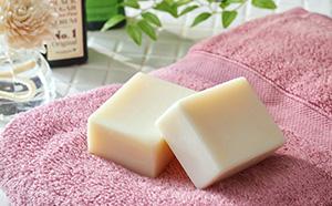 手作り化粧石鹸「茜」