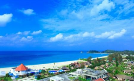 オクマ プライベートビーチ&リゾート|グランドコテージ ペア宿泊券《2泊/⼣朝⾷/アクティビティ計2回付》