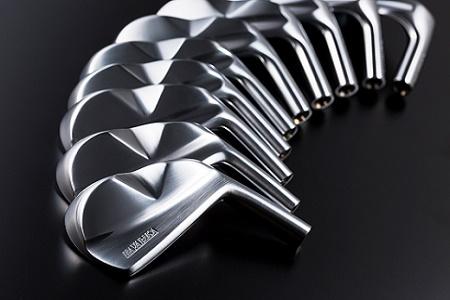 699.HAYABUSA Iron(5番相当26度~PW相当46度、6本セット ダイナミックゴールドシャフトまたはダイナミックゴールドX100シャフト)ゴルフクラブ