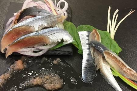 北海道産「刺身さんま」と「刺身いわし」のセット【各半身12枚入り×2=48枚】