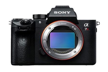 L022 ソニー デジタル一眼カメラ α7RIII ボディILCE-7RM3 (ボディのみ)