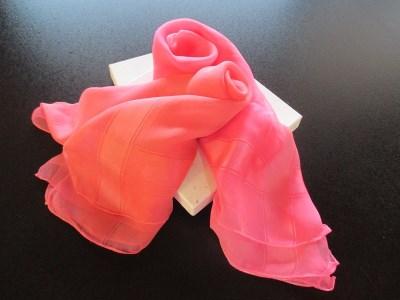 A-018 紅染めスカーフ