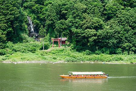 50-(2)「最上川舟下り体験コース」【観光タクシー5時間コース】
