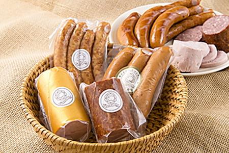 A104 本場の世界品評会で金賞受賞のフランクと生食できる珍しいドイツソーセージのセット