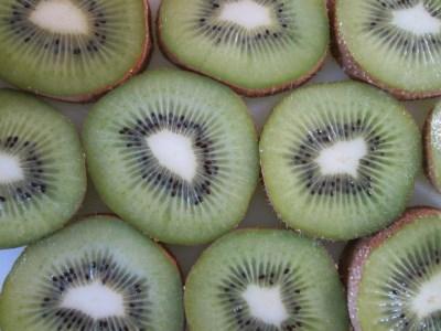 1-1-59 南アルプス市産 キウイフルーツ(レギュラーサイズ 27~33玉入り)
