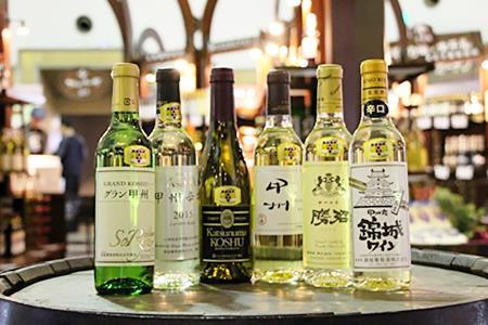 B2-601.甲州市推奨ワインハーフボトル6本(白)
