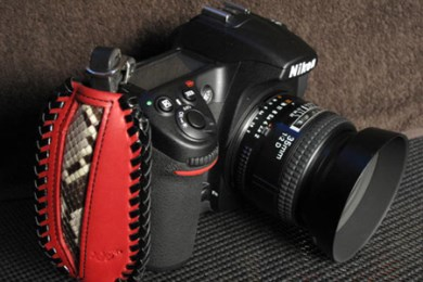 005-003 一眼レフカメラ用ハンドストラップ