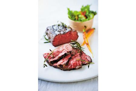 【2600-0492】飛騨牛ローストビーフ用もも肉ブロック1本 専用粉、タレ付き
