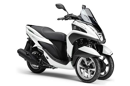 66 YAMAHA TRICITY(トリシティ―)125CCバイク 2015モデル