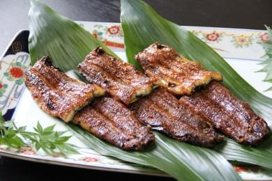 B創業大正9年 日本料理小伴天 三河一色産うなぎの炭火焼 ひつまぶしセット