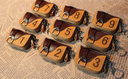 蹄鉄キーリング&鞍型ミニコインケース(キャメル×ダークブラウン) ダークブラウン