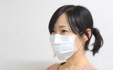 215h01 日本製4層式不織布マスク「大容量」(1,800枚)