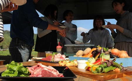 【事業者支援品】ローザンベリー多和田BBQ体験ペアチケット