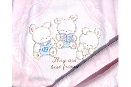 【2628-0708】ベビー毛布(アップリケ付き)・ピンク 85×115cm・毛布の町泉大津産