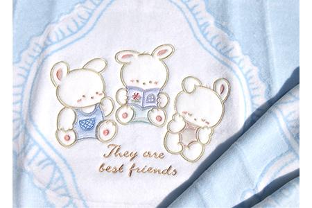 【2628-0709】ベビー毛布(アップリケ付き)・ブルー 85×115cm・毛布の町泉大津産