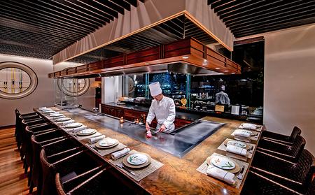 加西市の「神戸ビーフ」と明石市直送鮮魚などを堪能する「神戸牛・明石鮮魚コース」ディナー券【ホテル ラ・スイート神戸ハーバーランド】