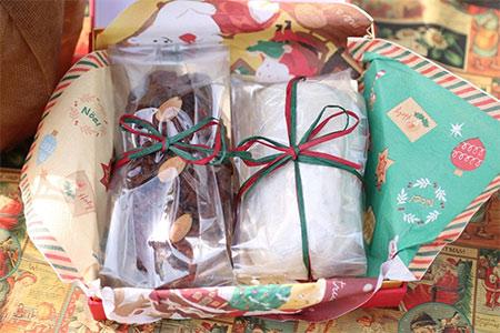 B-83   クリスマス菓子 シュトレン・ベラベッカ詰合せ