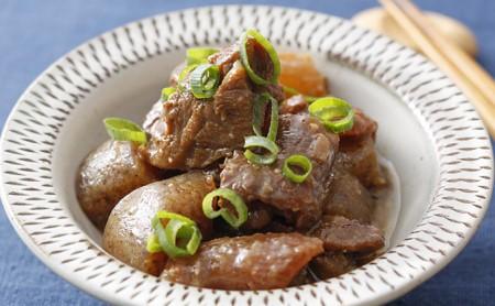 神戸牛 スジ肉 1kg(500g×2パック)【お肉・牛肉・神戸牛・和牛】ヒライ牧場