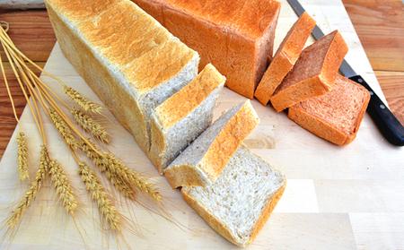 """自家栽培小麦 """"1尺2寸""""食事パンセット"""