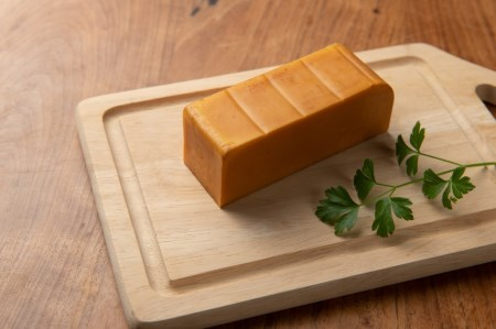 DA-04 ベーコン屋のオヤジのスモークチーズ(約560g)