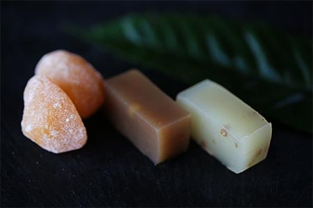 栽培期間中農薬・化学肥料不使用の栗を使ったマロングラッセと純栗&蕎麦羊羹のセット【1209401】
