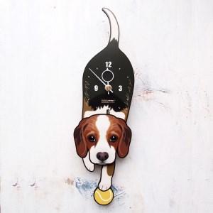 <D-149 ビーグル-犬の振り子時計>