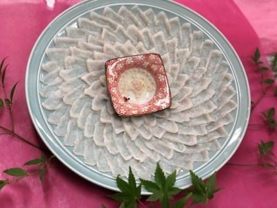 01B-043 活きふく刺し鶴盛り(金箔入り、陶磁器付き)・活物とらふぐちり・白子セット