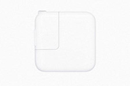 (1540)iPad Wi-Fi 32GB - シルバー ゆくはし国際公募彫刻展「ビエンナーレ」PR企画 Yukuhashi 3D スマホで飛び出す美術館インストール済み