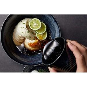 おいしい椎茸だし(白い食材に合うやさしい椎茸のうま味)500ml×1本【1130069】