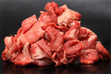 黒毛和牛「スジ肉」 2000g 寄付金額:11000円