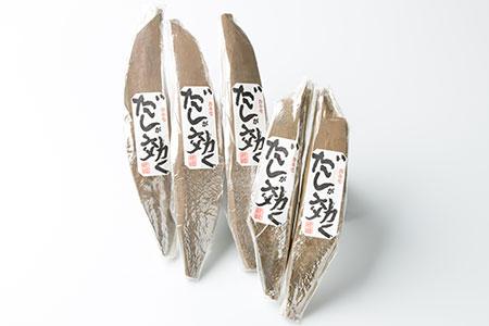 AA-134 枕崎の老舗 カネモ鰹節店がつくる「だしが効く」本物の枯節 1Kg 合計5本セット 雄節3本 雌節2本