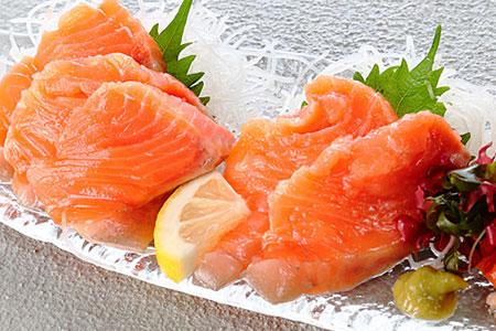 無添加お刺身サーモン1kg(生食可) A-81007