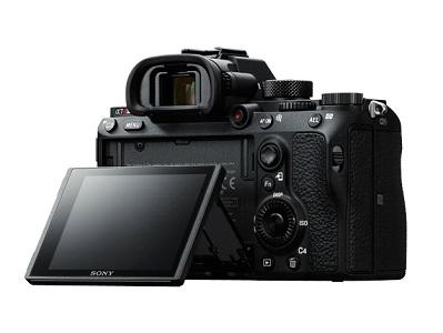 デジタル一眼カメラ α7RIII ボディILCE-7RM3 (ボディのみ)の詳細はこちら