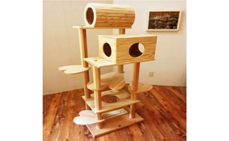 木のキャットタワー「猫まみれツリーハウス」