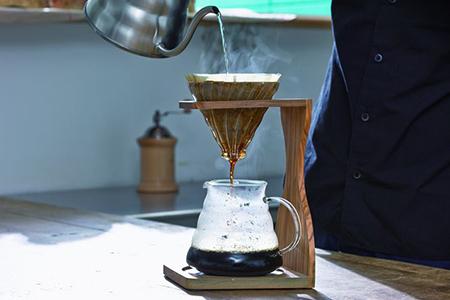 12.☆世界中で愛されるHARIOのコーヒーメーカー☆V60オリーブウッドスタンドセットVSS-1206-OV