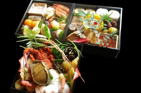 【12月31日お届け限定】割烹竹万厳選おせち料理「三段重」※関東地区限定