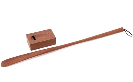 逗子オリジナル 木の靴べら(スタンド付き) ウォルナット材