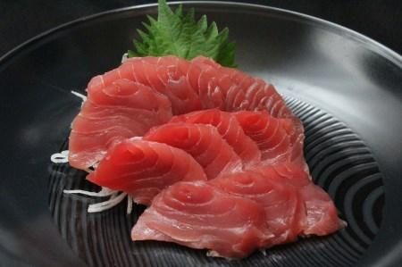 1-41目鉢鮪頭の希少部位刺身用+目鉢鮪カマ1kg